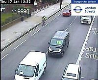 Traffic Cam  Uxbridge Road by Askew Road    London  UK London United Kingdom - Webcams Abroad live images